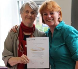 Astrid-Meyer-mit-Barbara-Sher-Zertifikat